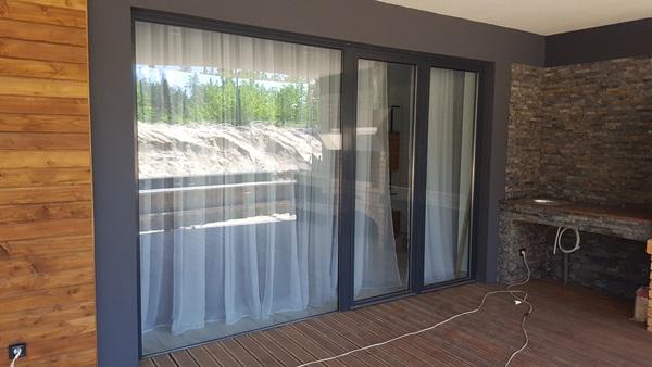 Теплі вікна з виходом на терасу