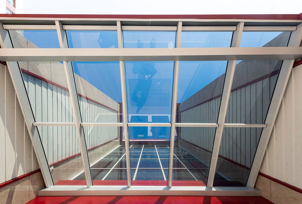 Алюмінієві конструкції на даху