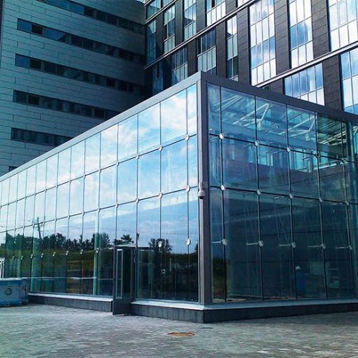 Скління фасадів. Спайдерна система.