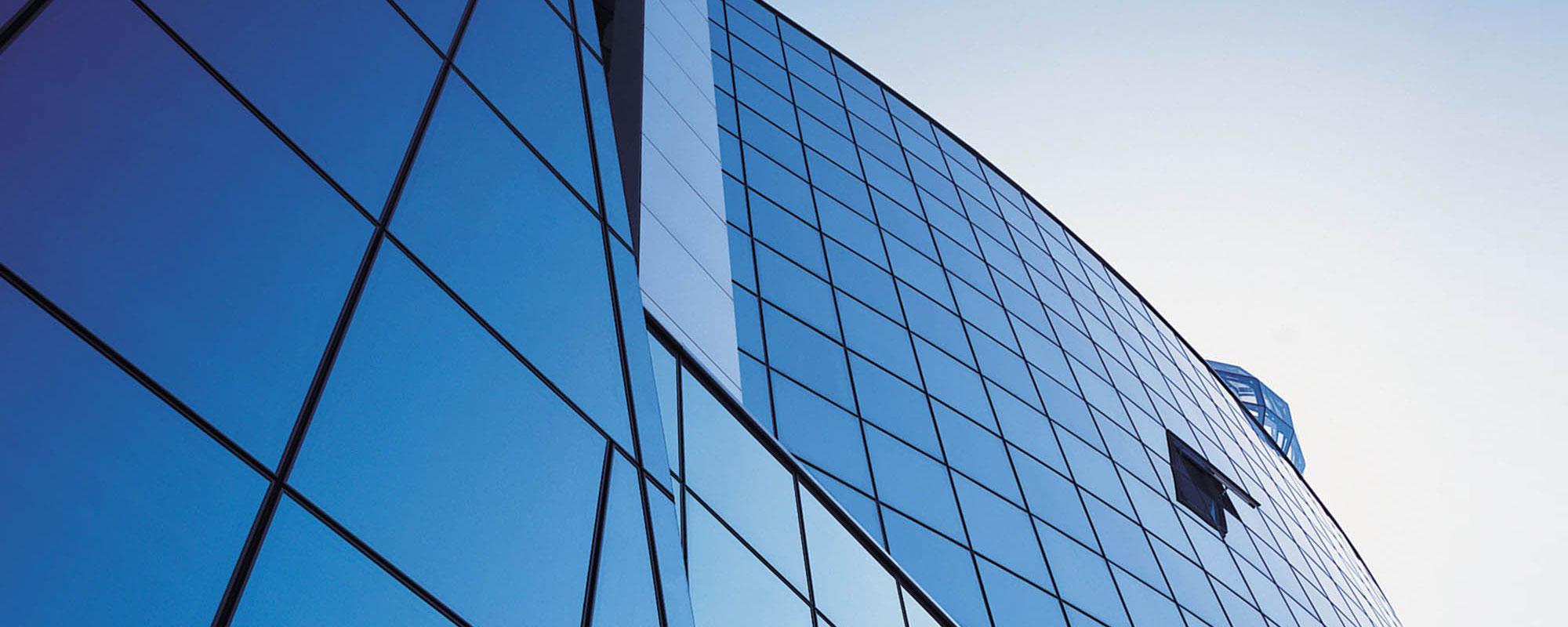 Вітражне скління фасадів